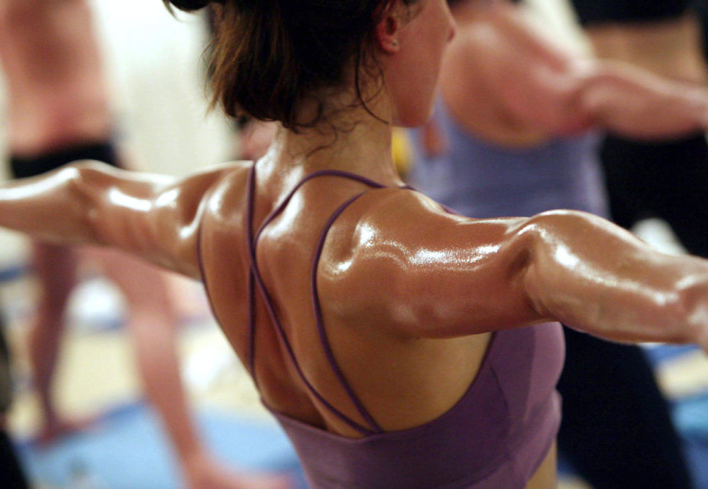 Hot-Yoga-pros-and-cons